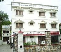 Royal Inn Motel & Restaurant