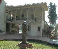 Savshanti Resort