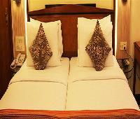 Hiltop Hotel