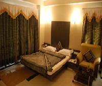 Marshall The Hotel