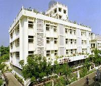 Hotel Pandian (Opp to railway station )