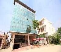 Hotel Azad Square