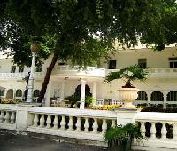 Garden Hotel.