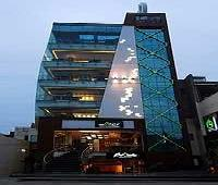 Hotel Onn.