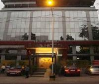 I 145 hotel