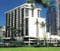 DoubleTree by Hilton Alana Waikiki