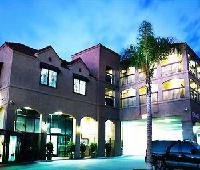 Carson Plaza Hotel