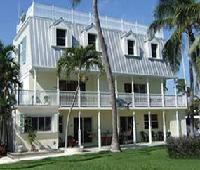 Tarpon Flats Inn & Marina