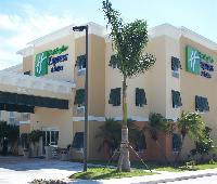 Holiday Inn Express Hotel & Suites Marathon