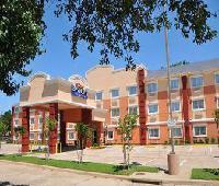 Baymont Inn & Suites Dallas Love Field