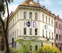 Hotel 123