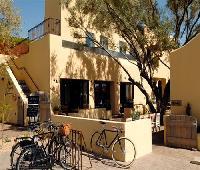 Bespoke Inn, Cafe & Bicycles