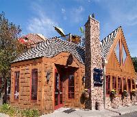 Best Western Plus White Bear Country Inn