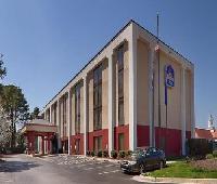Best Western Plus Portsmouth-Chesapeake Hotel