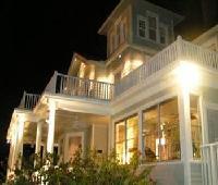 The August Seven Inn