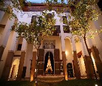 Riad Laaroussa- Guest House