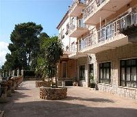 Hotel Apartamentos El Encinar