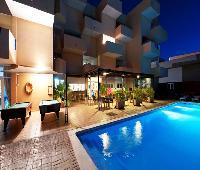 Apartamentos Blue Star
