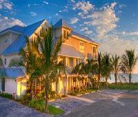 Mainsail Beach Inn