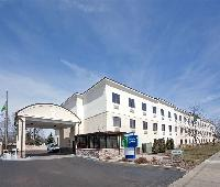 Holiday Inn Express Cleveland Airport - Brookpark