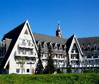 The Coppid Beech Hotel