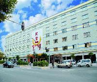 Guangzhou one plus one business hotel