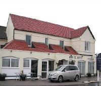 The Keswick Hotel Moores Bar & Restaurant