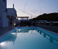 Glaronisia Hotel