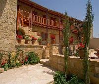 Eveleos Country House
