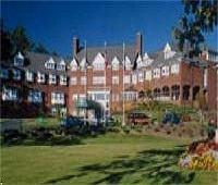 Simsbury Inn