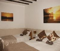 Melcombe Villa Guesthouse