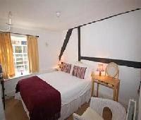 The Fleur De Lys - Restaurant With Rooms