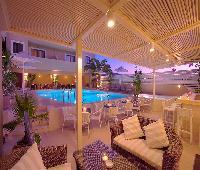 La Stella Apartments & Suites