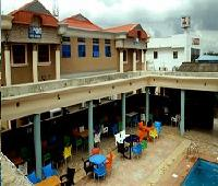 Hipoint Hotel and Suites