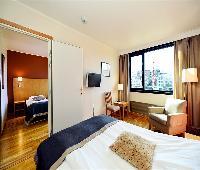 J�ren Hotell