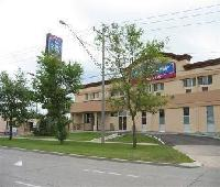 Howard Johnson Express Inn - Winnipeg West