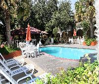 Family Garden Inn & Suites