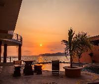 The Alondra Hotel