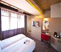 Reef Hotels