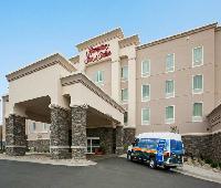 Hampton Inn and Suites Minot