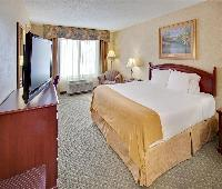 Holiday Inn Express Hotel & Suites Bismarck