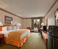 Baymont Inn and Suites Conroe / The Woodlands