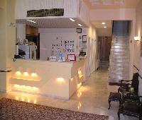 Chris Paul Hotel