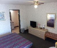 Sun Valley Inn & Suites