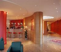 Luna Hotel Motel Airport