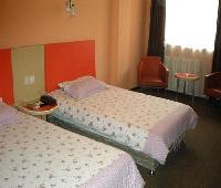 Motel168 Qingdao Railway Station Inn