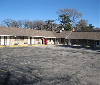 Crestview Inn & Suites Cedar Lake