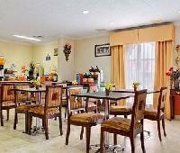 Days Inn And Suites Winnie