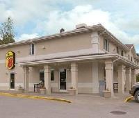 Super 8 Motel - Richlands/Claypool Hill Area
