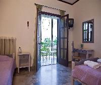 Seranides Hotel